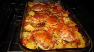 cartofi la cuptor cu pui