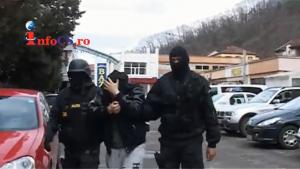 Arestati droguri