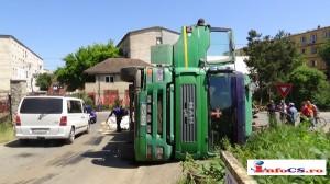 Camion fier vechi rasturnat (11)