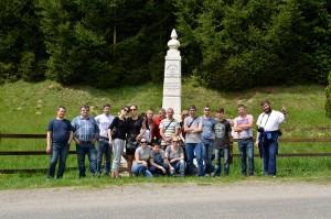 Jurnalisti si echipa de implementare a proiectului la MONUMENTUL TURISMULUI - jud. Caras-Severin