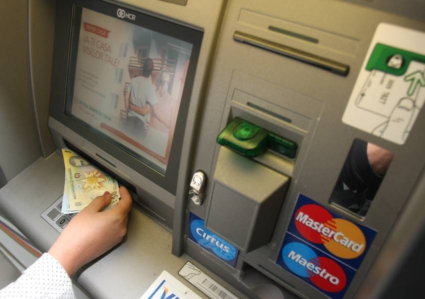 Cardul de Debit VISA Clasic RON/EUR/USD