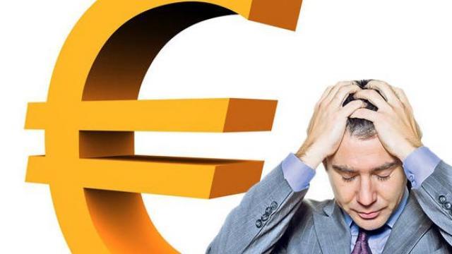 Ce faceti cu banii! Analiza financiara infocs.ro Euro se întoarce la 4,83 lei
