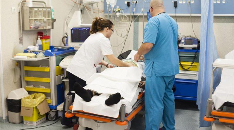 Avalansa de viroze,infectii acute, pneumonii si suspiciuni de gripa la UPU Resita VIDEO