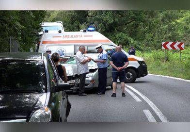 Accident carambol cu 3 masini si 4 victime la Moniom VIDEO