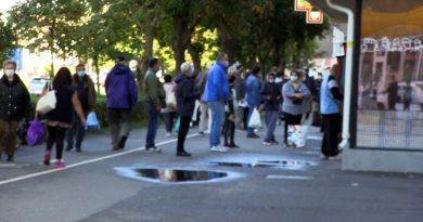 În Caraș-Severin, purtarea măștii de protecție este obligatorie de astăzi în toate spațiile publice VIDEO