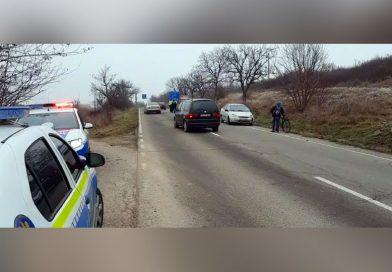 Accident cu doua mașini si o bicicletă la Caransebeș VIDEO