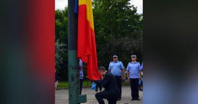 Ionut Popovici – Candidatul PMP Caras Severin la Camera deputatilor: La mulți ani, România!