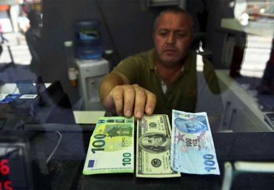 Cresc ratele la credite! – Ce se întâmplă cu banii?!