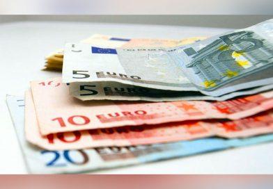 Cursul euro stă aproape de 4,95 lei – Ce facem cu banii?!