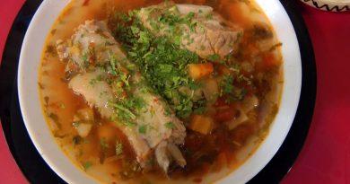 Ciorbă de porc cu legume – Mâncare de iarnă gustoasă și rapidă VIDEO
