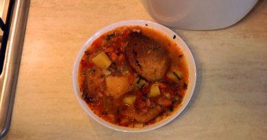Ciorbă de cartofi fără carne sau Zamă bănățenească de crumpei cu pită prăjită VIDEO