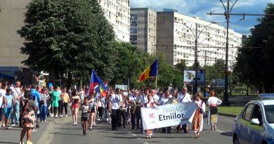 Festivalul Etnica a debutat la Resita in ziua de Rusalii