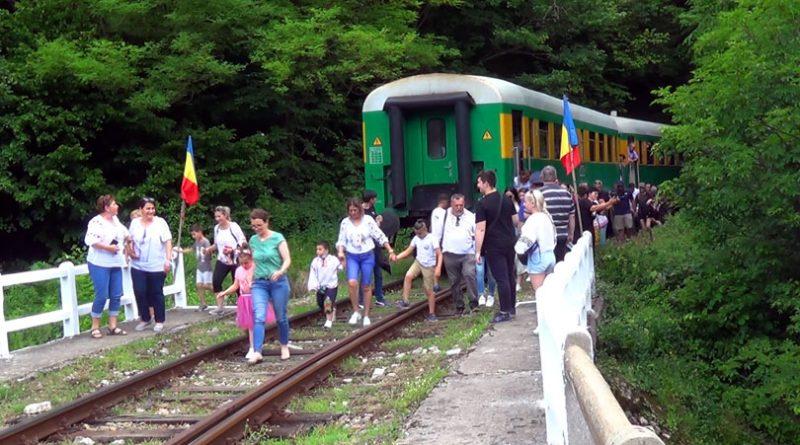 Promovarea iei românești pe cel mai vechi traseu feroviar montan din România- Anina – Oraviţa VIDEO