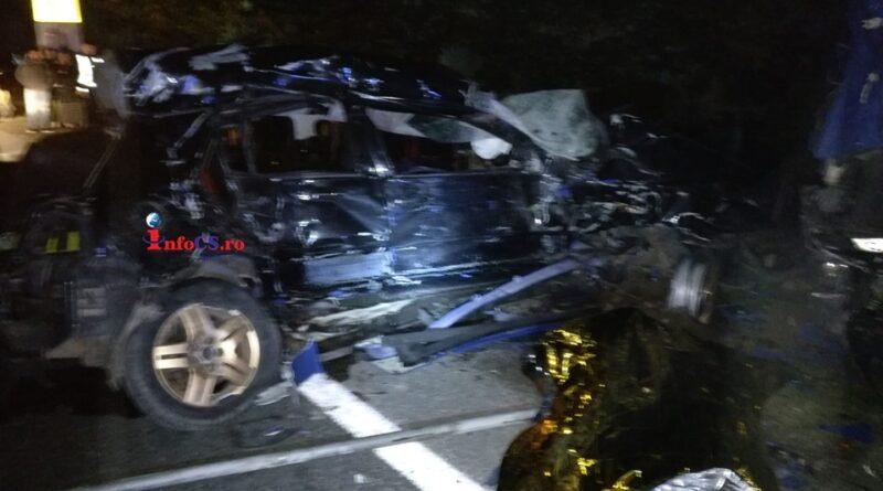 """BREAKING NEWS – Tragedie pe ,,drumul morții"""" din Banat – Patru suflete au pierit aseară pe DN6 EXCLUSIV VIDEO"""