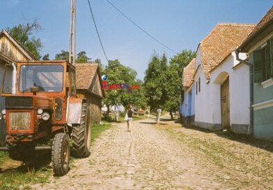 O clipă de liniște într-un veac nebun – Vesnicia s-a nascut la sat…si copilaria mea, la fel VIDEO